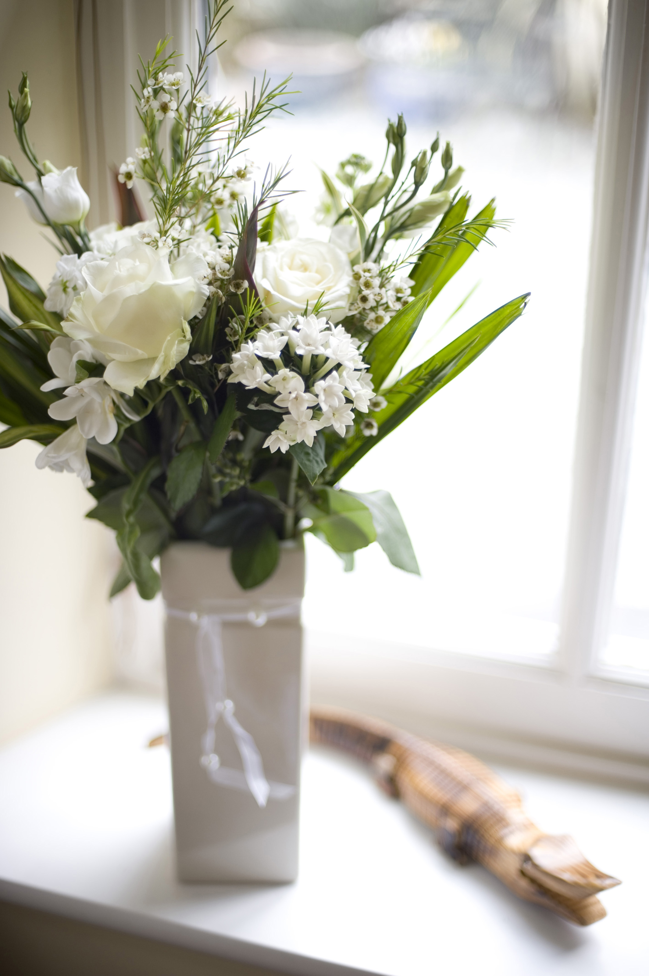 Vase of white flowers 4239 stockarch free stock photos accept license and download image mightylinksfo