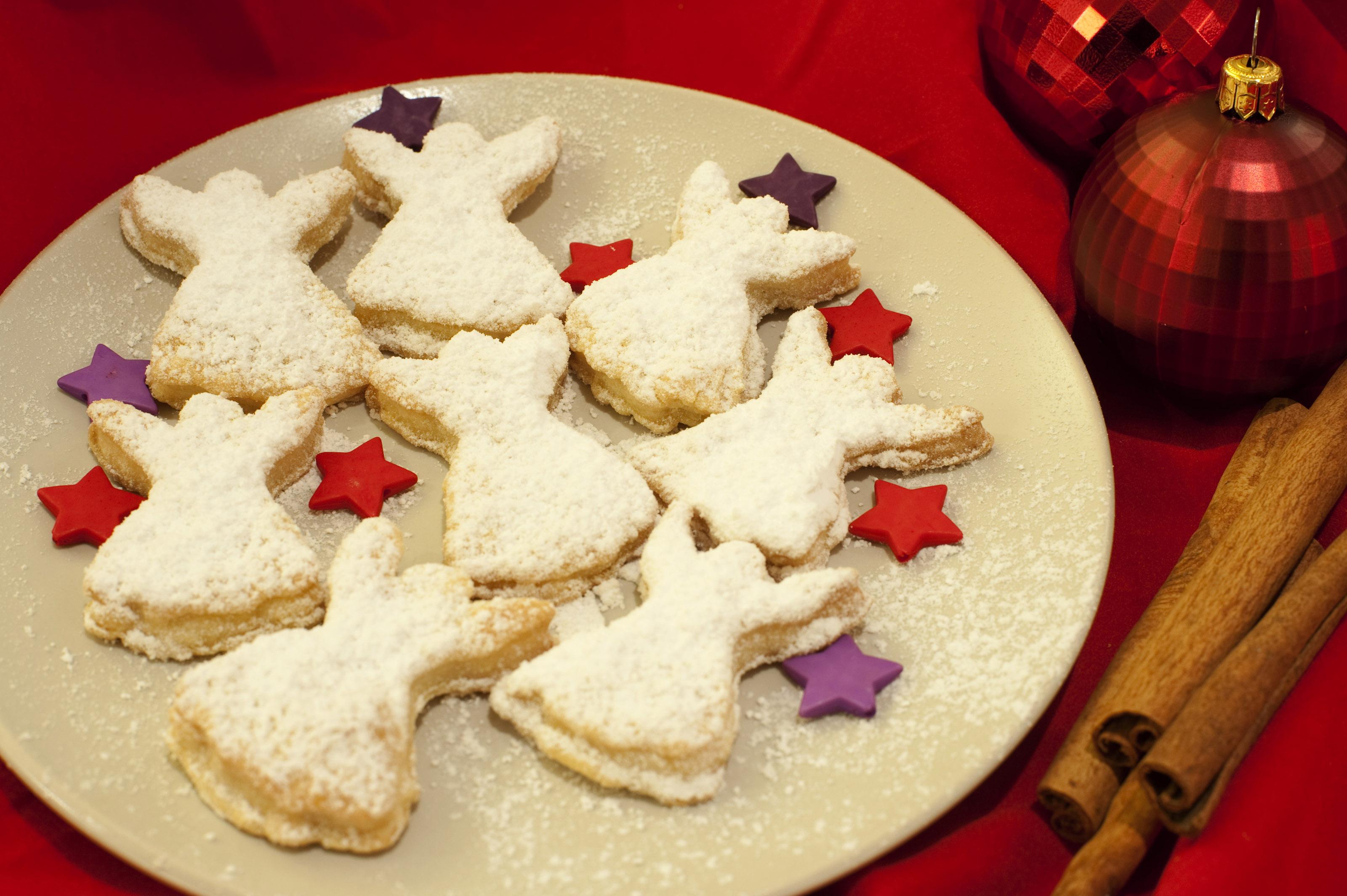 sugar cookies easy sugar cookies the best rolled sugar cookies ...